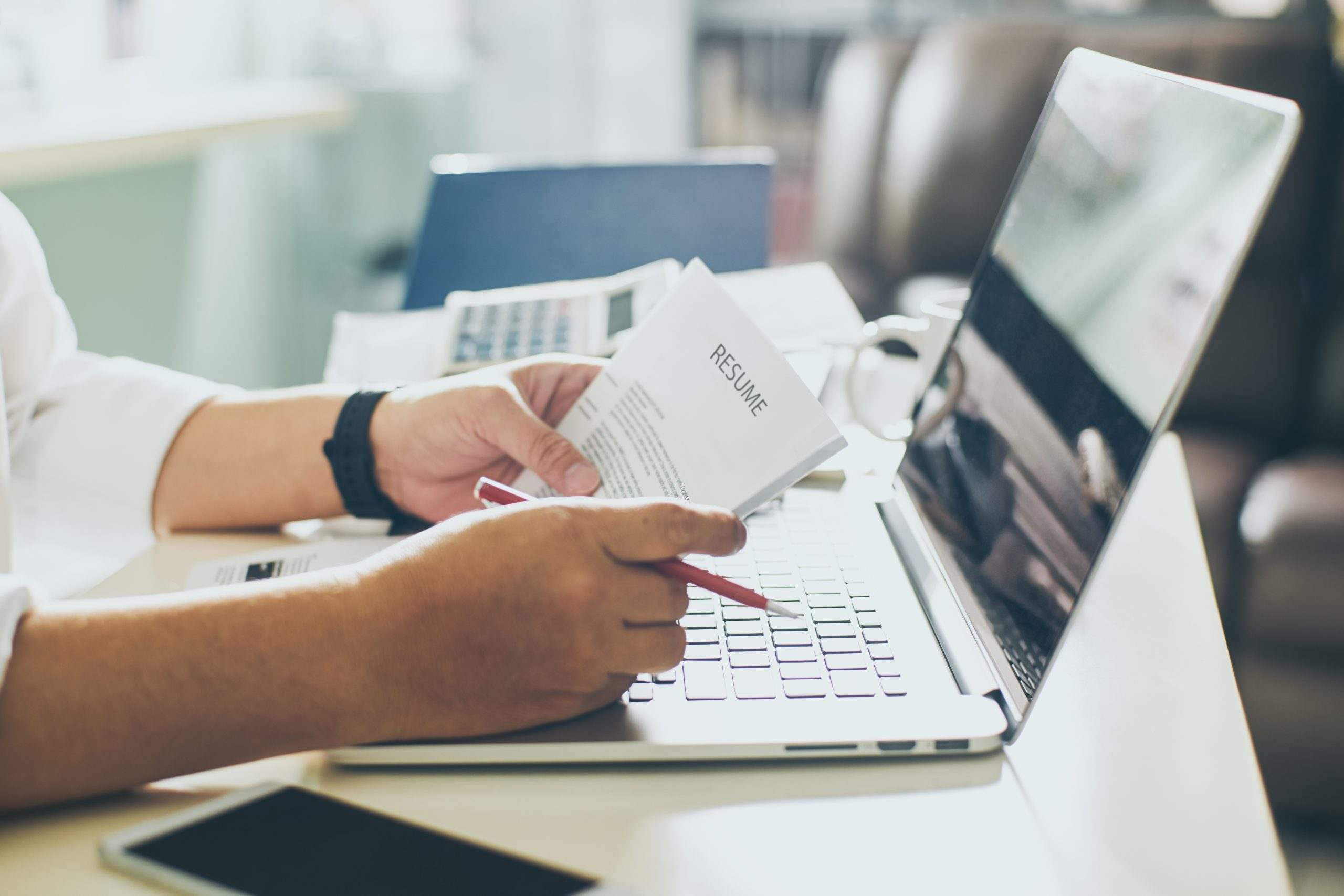 Effective Resume Writing for Expat Jobs