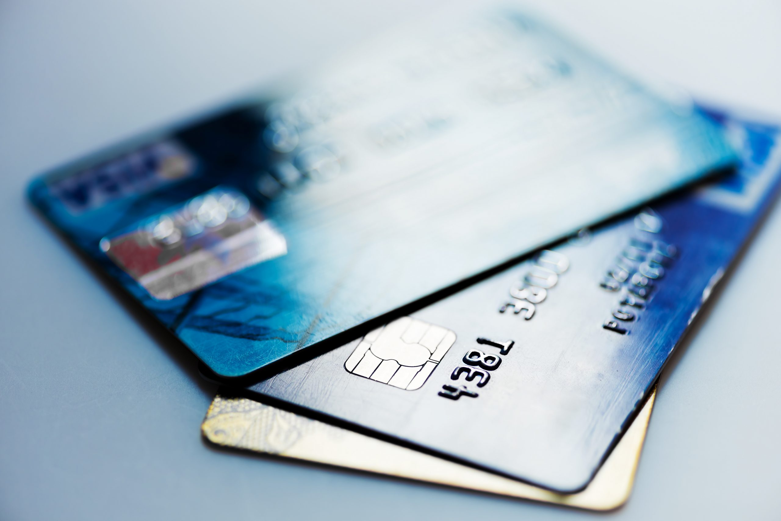 When to Use a Debit Versus a Credit Card
